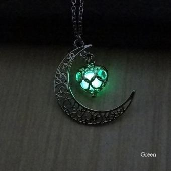 High Quality Store New Crescent Moon Heart Glow in the DarkNecklace Charming Jewelry Luminous Chain Green - intl