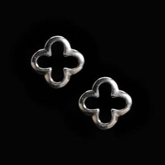 Harga BFashion Sterling Silver Solid S925 4 Leaf Clover Stud Earrings