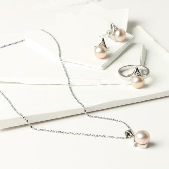 Khai Pearl Ladies Freshwater Pearl Necklace, Ring and Earring Set (Peach)