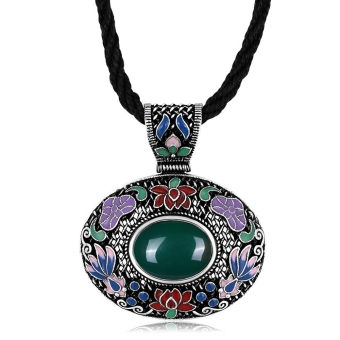 N011-C Classic NationalNecklace for Women green - Intl