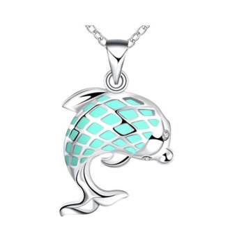New Magical Glow in the Dark Luminous Cute Dolphin Pendant Necklace - intl