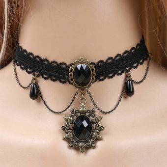 Queen Japan and South Korea black female necklace