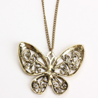 Retro Carved Butterfly Pendant Necklace Girl Alloy Sweater Bronze Chain