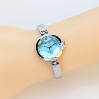 Simple girl's student bracelet watch waterproof watch
