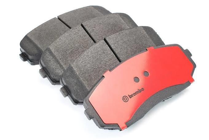 Set of 4 Brembo P54038 Front Disc Brake Pad
